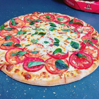 3 - Pizza Marguerita Tradicional