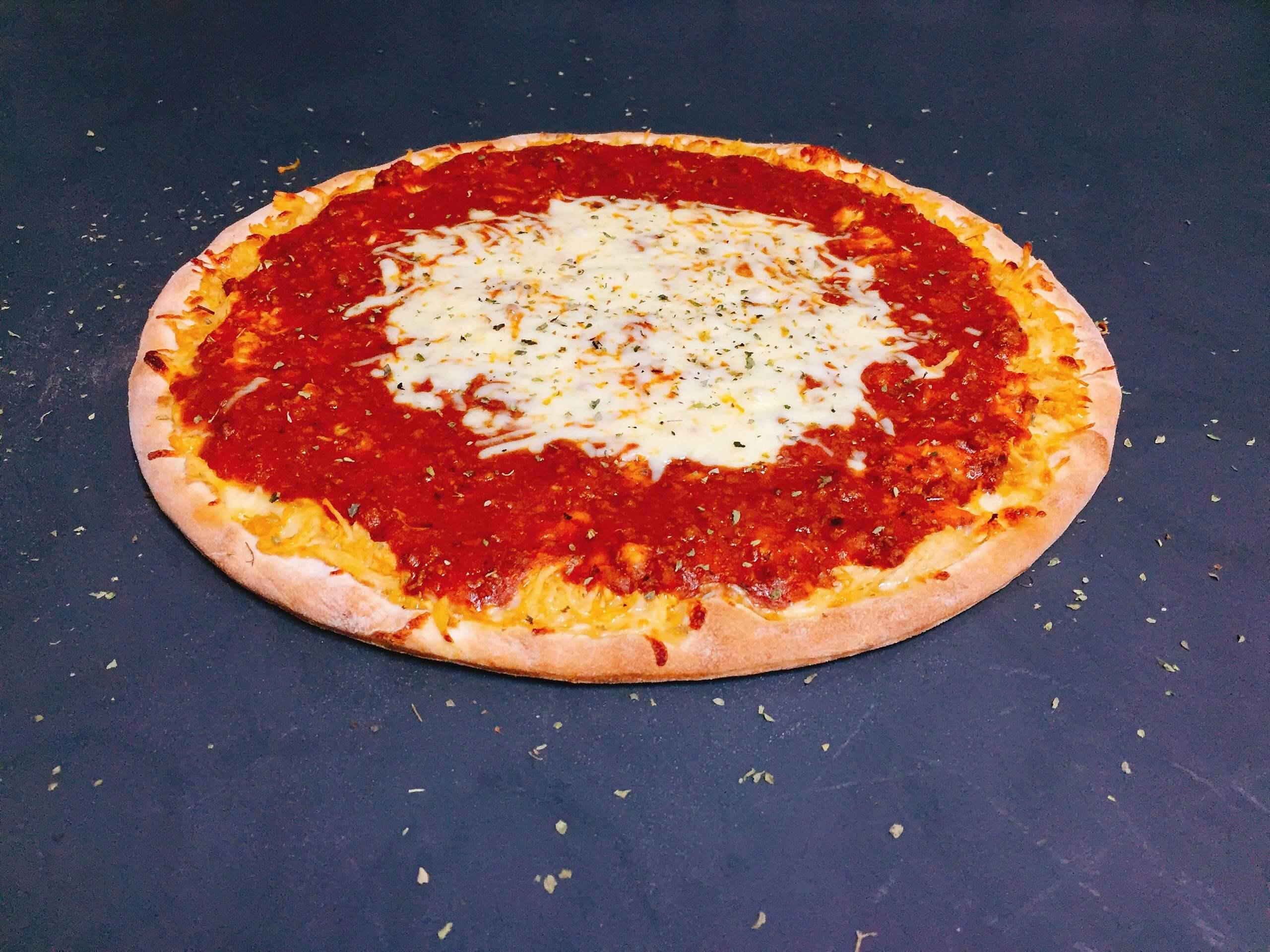 Pizza Frango à Bolonhesa - Pizzaria Meu Rancho