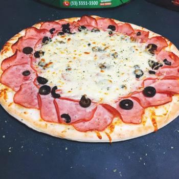 Pizza Lombo Canadense | Cardápio - Pizzaria Meu Rancho