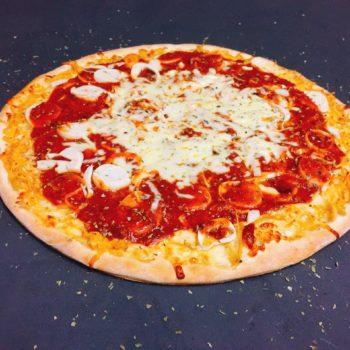 Pizza Frango com Palmito à Bolonhesa